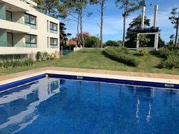Foto Apartamento en Venta en  Carrasco Norte ,  Montevideo  Raul BAETHGEN 2200