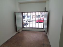 Foto Local en Alquiler en  Villa Crespo ,  Capital Federal  CORRIENTES, AVDA.  al 4700
