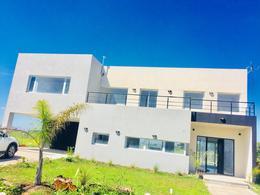 Foto thumbnail Casa en Venta | Alquiler en  La Horqueta de Echeverría,  Countries/B.Cerrado  Juana de Arco 7000