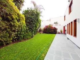 Foto Casa en Venta en  Santiago de Surco,  Lima  Calle San Juan Santos