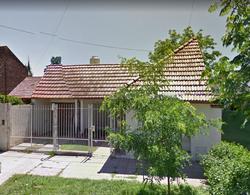 Foto Casa en Venta en  Monte Grande,  Esteban Echeverria  Echeverria al 600