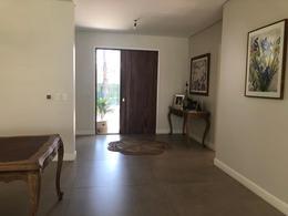 Foto Casa en Alquiler temporario   Alquiler en  Boulogne,  San Isidro  Cap. Juan de San Martín 1199, Boulogne