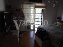 Foto thumbnail Casa en Venta en  Castelar Norte,  Castelar  GRAL. MUNILLA entre AVELLANEDA NICOLAS y CASARES CARLOS
