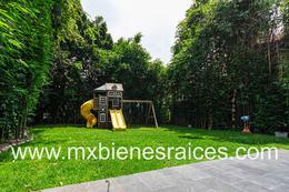 Foto Casa en Venta en  Lomas de Tecamachalco,  Huixquilucan  fuente de lilas