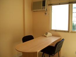Foto Oficina en Alquiler en  Tribunales,  Centro (Capital Federal)          Paraná al 800    entre Córdoba y Paraguay