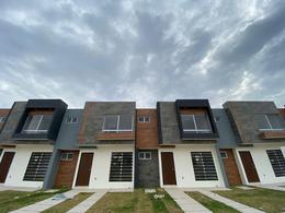 Foto Casa en Venta en  Villa de Pozos,  San Luis Potosí  Amaranto 220 en Devan (Pozos)