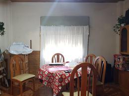 Foto PH en Venta en  Villa Ballester,  General San Martin  Siglo xx al 1800 e/Italia y Charlone