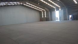 Foto Bodega Industrial en Renta en  San Jerónimo Caleras,  Puebla          RENTA DE BODEGA, TRIFASICA 2,200 M2,  AUTOPISTA  MÉXICO  PUEBLA