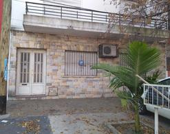 Foto Departamento en Venta en  Castelar,  Moron  Av. Zeballos al 2700