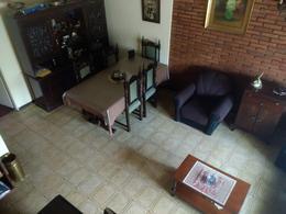 Foto thumbnail Casa en Venta en  Temperley Oeste,  Temperley  San Carlos al 400
