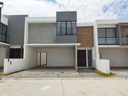 Foto Casa en Venta en  Alvarado ,  Veracruz  Casa Residencial A. Lomas, Riviera Veracruzana, Alvarado.