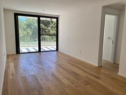 Foto Apartamento en Alquiler en  Carrasco Norte ,  Montevideo  Raul BAETHGEN 2200