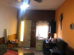 Foto Casa en Venta en  Villa Dominico,  Avellaneda  SAN VICENTE al 400