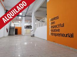 Foto Local en Alquiler en  La Plata,  La Plata  calle 57 e/ 11 y 12 al 800