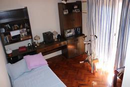 Foto Casa en Venta en  Floresta ,  Capital Federal          Pergamino al 100