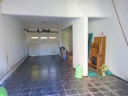 Foto Casa en Venta en  La Perla Norte,  Mar Del Plata  Ayacucho entre Dean Funes y Güido
