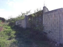 Foto Terreno en Venta en  Hacienda Xcanatun,  Mérida  Terreno en Venta muy cerca de  la carretera a Progreso