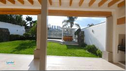 Foto Casa en Venta en  Juriquilla,  Querétaro  RESIDENCIA EN VENTA CON ESPECTACULAR VISTA Y ACCESO AL LAGO Y CAMPO DE GOLF DE JURIQUILLA