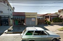 Foto Local en Alquiler en  Centro (Moreno),  Moreno  Av. Libertador al 800 - Local - Moreno norte - Lado norte