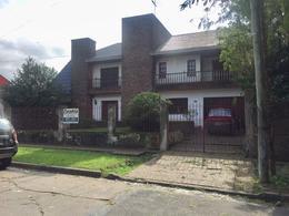 Foto thumbnail Casa en Venta en  Barrio Parque Leloir,  Ituzaingo  J. Batlle y Ordoñez al 1100