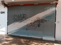 Foto Local en Alquiler en  La Plata,  La Plata  45 E/ 20 y 21