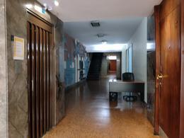 Foto Departamento en Venta en  Recoleta ,  Capital Federal  Azcuenaga al 1000
