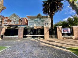 Foto Casa en Alquiler en  Martinez,  San Isidro  Pacheco al 700
