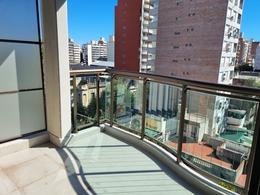 Foto Departamento en Venta en  Centro,  Rosario  Santiago 600 06-02