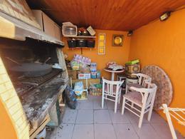 Foto PH en Venta en  Villa Ballester,  General San Martin  Almirante Brown al 3300