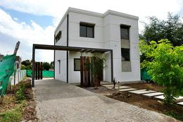Foto Casa en Venta en  La Agustina,  Countries/B.Cerrado (Pilar)  La Agustina