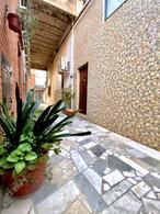 Foto Casa en Venta en  Martin,  Rosario  Ayacucho al 1400