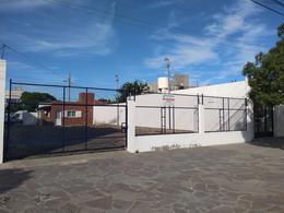 Foto Oficina en Alquiler en  Trelew ,  Chubut  H. Yrigoyen al al 600