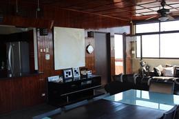 Foto Casa en Venta en  Espiritu Santo,  Esparza  Cerca del  Jazz Club