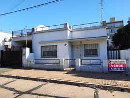 Foto Casa en Venta en  Berazategui,  Berazategui  Calle 20 A entre 150 y 151