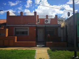Foto Casa en Venta en  General San Martin,  General San Martin  Presidente Frondizi al 2800