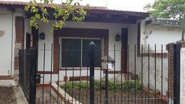 Foto Casa en Venta en  Llavallol,  Lomas De Zamora  Ucrania 484
