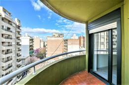 Foto Departamento en Venta en  Macrocentro,  Rosario  Zeballos 1407
