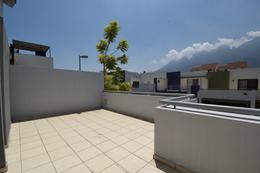 Foto Casa en Venta en  Puerta de Hierro Cumbres,  Monterrey  Venta Casa Puerta de Hierro