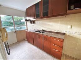 Foto Apartamento en Venta en  Pocitos ,  Montevideo  Pocitos cercano Bohemios