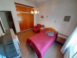 Foto Casa en Venta en  El Palomar,  Moron  Padre Edmuno Vanini al 2100