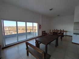 Foto Departamento en Venta en  Lomas De Zamora ,  G.B.A. Zona Sur  A. Brown al 2300 *Venta directa* 2amb con cochera