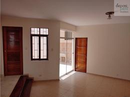 Foto Casa en Venta en  Lurín,  Lima  Ca. Camelias