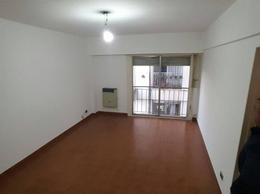 Foto Oficina en Venta en  Avellaneda,  Avellaneda  Av. Mitre al 600