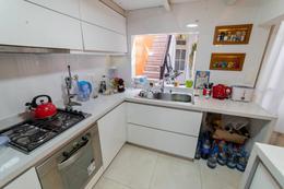 Foto Casa en Venta en  Villa Crespo ,  Capital Federal  Av. Julian Alvarez al 200