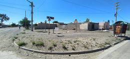 Foto Terreno en Venta en  Trelew ,  Chubut  Ecuador esq. M. Rodriguez
