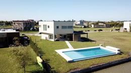 Foto Casa en Venta en  Canning (Ezeiza),  Ezeiza  CASA EN VENTA : CANNING : :  CLUB DE CAMPO SANTA RITA