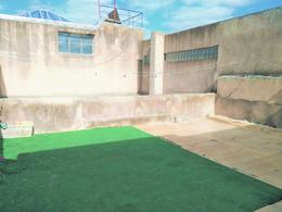 Foto Casa en Venta en  Tres Cruces ,  Montevideo  Miguelete1992