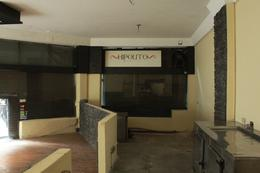 Foto Local en Venta en  Microcentro,  Centro  Hipolito Yrigoyen al 600