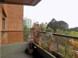 Foto Departamento en Alquiler en  Golf ,  Montevideo  Frente al Golf. Excelente vista verde.