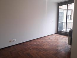 Foto Departamento en Alquiler en  Nueva Cordoba,  Capital  BUENOS AIRES al 800